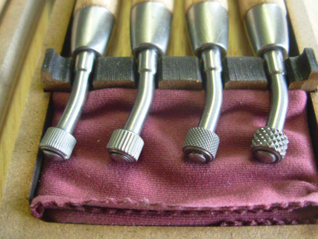 Fabricante de herramientas para manualidades. Rulinas para grabado