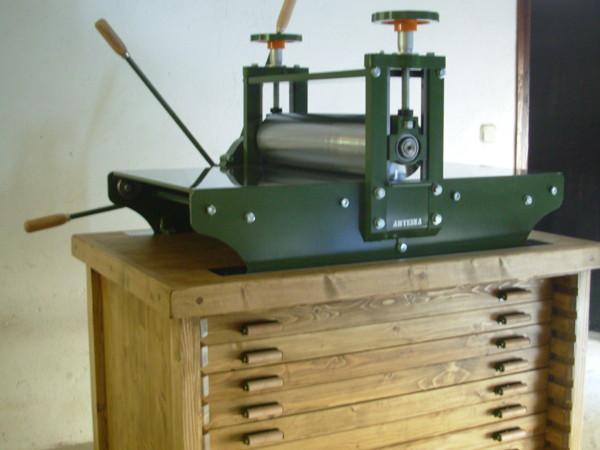 Fabricante de tórculos para grabado, impresión y bellas artes con caja reductora