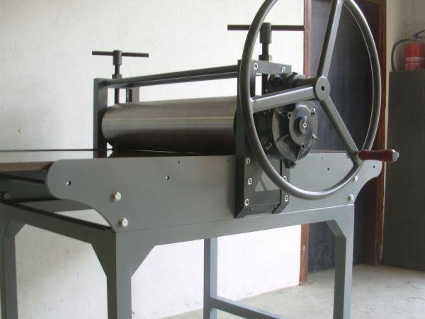 Empresa de venta y distribución de tórculos para grabado de cremallera para bellas artes