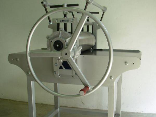 Empresa fabricante de tórculos para grabado con reducción