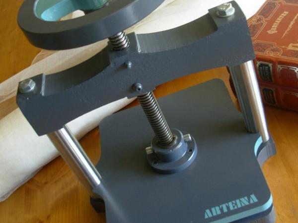 Prensa para grabado de láminas. Bellas artes y manualidades